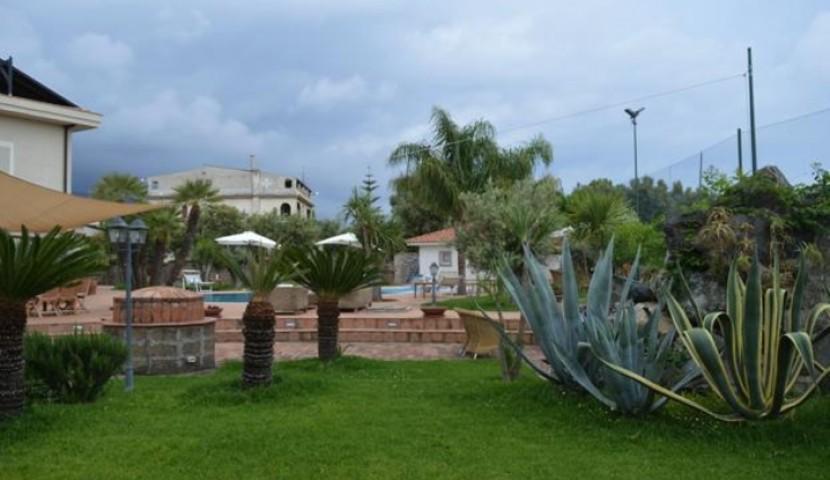 Недвижимость замок в италии